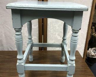 SL3030: Destressed Small Light Blue Table Local Pickup  https://www.ebay.com/itm/123993147735