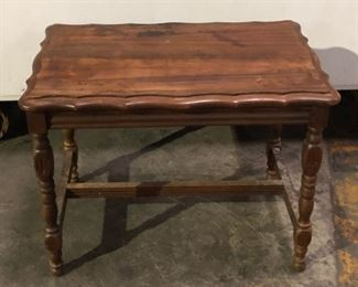 SL3028: Primitive Small Wooden Table Local Pickup  https://www.ebay.com/itm/113949418391