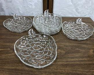 SM3007: 6 Grape Shaped Glass Plates  https://www.ebay.com/itm/123993154911