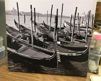 SP1577 Black and white Gilcee Italy #1 Local Pickup $10  - Only available offline at office