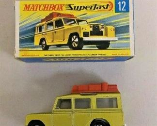 WY0273 MATCHBOX DIE CAST VEHICLE #12 SAFARI LANDROVER GOLD COLOR IN BOX MADE   https://www.ebay.com/itm/123944358429