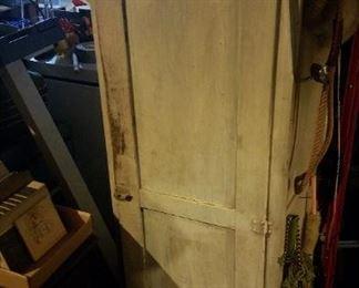 vintage cabinets. Great farmhouse decor!