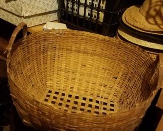 Baskets, lots of baskets and wood bowls