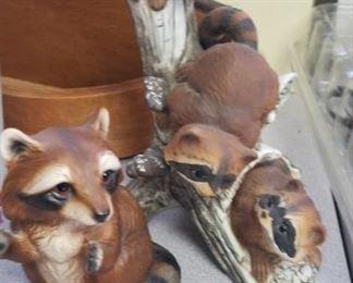 Raccoon figurines
