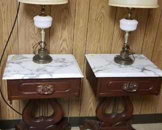High End Antique Mahoghany Harm Pedestal, Marble Top End Tables, Vintage Lamps