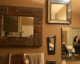 Our designer loved mirrors!  There must be fifty of them in all sorts and sizes, and all of them make you look great!