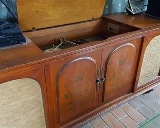 Stereo is NOW   $150!  Requires minor repair of turntable