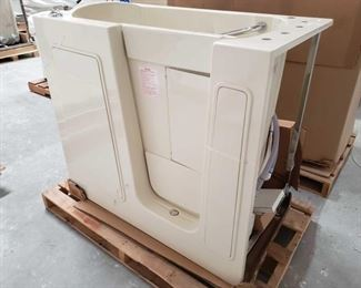 """410Therapy Tub Model 2645BR with Jets and Pumps Tub does have some cracks along top edge, doesnt appear to have any cracks below the top. 40"""" tall"""