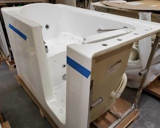 """417: Therapy Tubs Model Sapphire 3260 with Jets Measures approximately 32"""" x 60"""" x 39"""""""