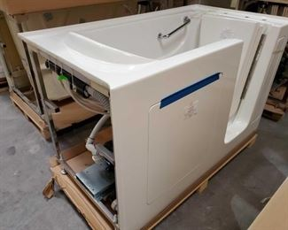 """418: Therapy Tubs Model Sapphire 3260 with Jets Measures approximately 32"""" x 60"""" x 39"""""""