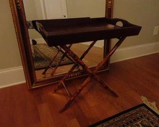 Tray table (tray lifts off) 24x24x16