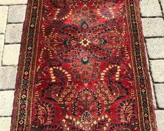 """small area rug : 32"""" wide x 4' 9"""" long"""