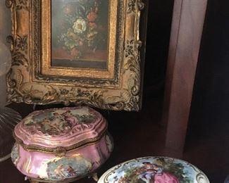 Antique porcelain dresser boxes