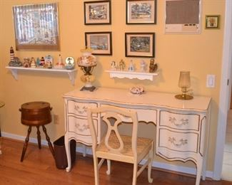 FRENCH STYLE DESK OR VANITY