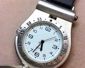 Sheridan Non Tarnish Keychain Hook Watch