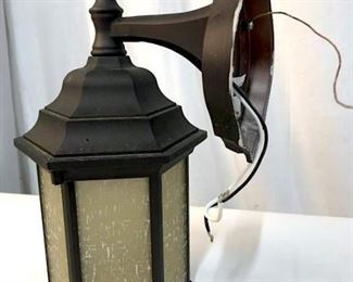 Old Style Indoor/ Outdoor Lantern Sconce