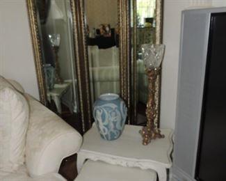tri-fold mirror room screen, decorative items, three table set