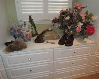 floral arrangements, decor