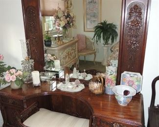 french antique vanity and bench