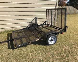 8ft trailer with  ramp