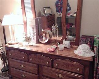 Matching Dresser w/Mirror