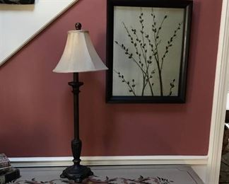 "Entryway 32"" Oil rubbed Bronze lamp with shade and Wall decor"