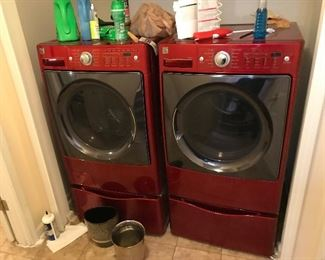Kenmore Elite like new washer and dryer