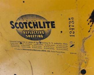 124375 scotchlite railroad crossing sign