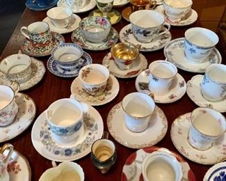 Lots of unusual tea cups and saucers