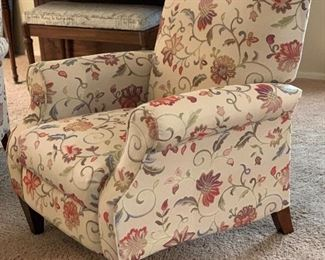 #1 La-Z-Boy Charlotte High Leg Reclining Chair 028931 Mahogany legs	38x33x34in	HxWxD	Was purchased recently for $900 each!!!