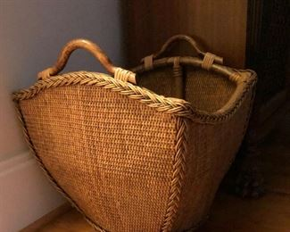 SORRY Family is keeping this item! But there are plenty of beautiful baskets left!