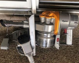 https://www.grasons.com/wp-content/uploads/2019/11/dyson-vaccum-cleaner-459333-sv3KmQxu.jpg