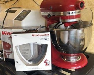 https://www.grasons.com/wp-content/uploads/2019/11/kitchen-mixer-830061-hzgg8Wly.jpeg