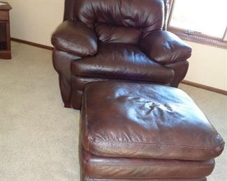 leather chair w/ottoman