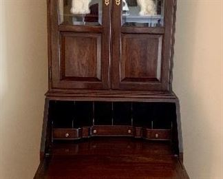 Ethan Allen Chippendale Style Writing Desk with Display Cabinet