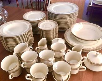 China service for 16 with multiple serving dishes