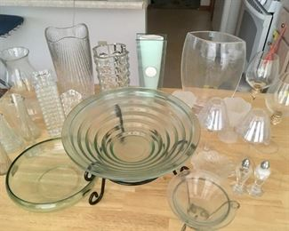Assorted glass pieces