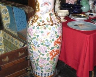 4' Chinese floor vase with rosewood stand