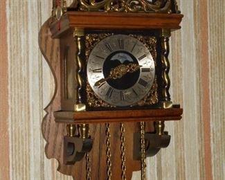 Warmint Holland chime wall clock