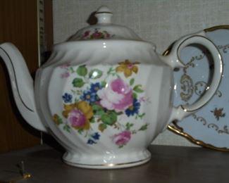 musical tea pot