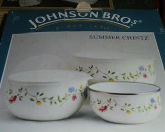 Johnson  Bros 6 pc bowl set