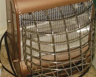 Small elect space heater