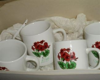 4 Grand Hotel - MacKinac Island mugs NIB