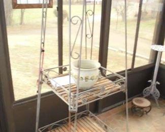 6' iron plant stand