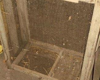 wood rabbit/chicken crate