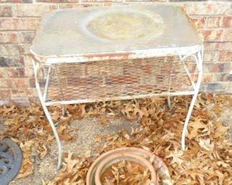Metal table w/glass top