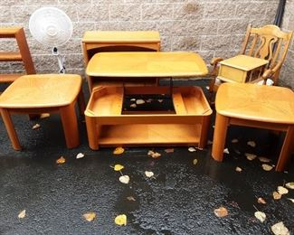Coffee table, 2 endtables