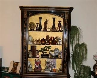 Black Lacquer Chinoiserie Vintage Curio