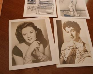 1950S VINTAGE ELIZABETH TAYLOR SIGNED PHOTO