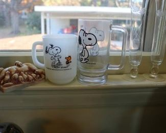 Vintage Snoopy Mugs